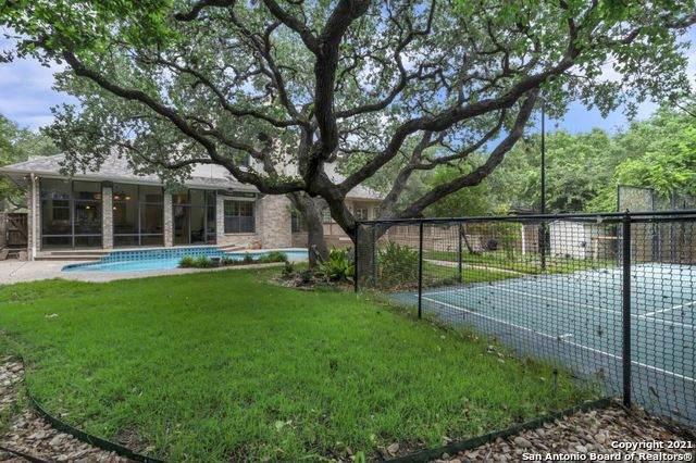17110 Fawn Brook Dr, San Antonio, TX 78248 (MLS #1538423) :: Beth Ann Falcon Real Estate