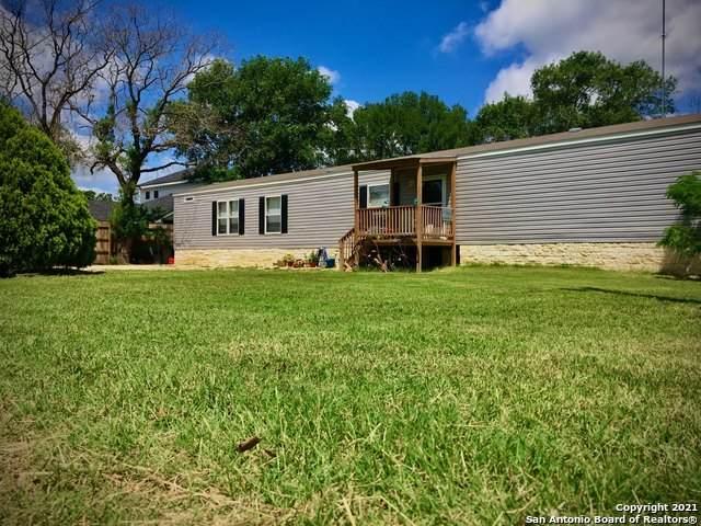 443 Brandenburg Ln, New Braunfels, TX 78130 (MLS #1538427) :: Concierge Realty of SA