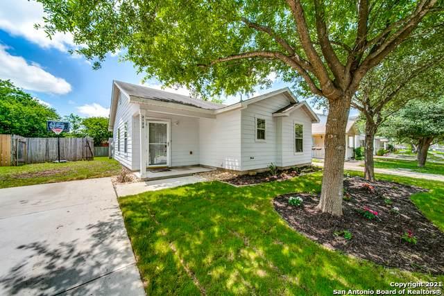 2122 Sunbend Falls, San Antonio, TX 78224 (MLS #1538465) :: Concierge Realty of SA