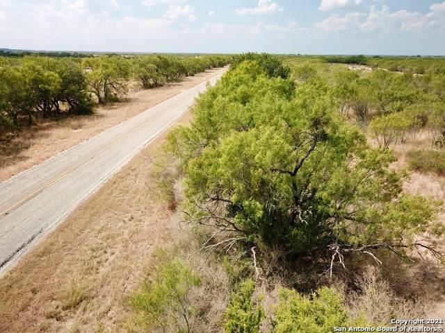 9152 Fm 2200 S, Yancey, TX 78861 (MLS #1538555) :: Beth Ann Falcon Real Estate