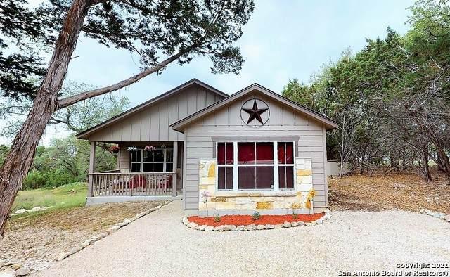 504 High Dr, San Antonio, TX 78070 (MLS #1538569) :: Concierge Realty of SA