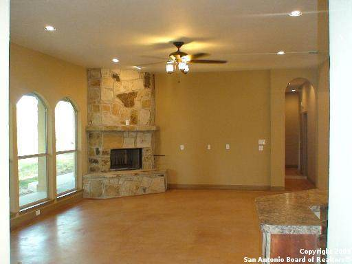 326 State Highway 46 E, Boerne, TX 78006 (MLS #1538575) :: Concierge Realty of SA