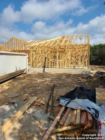 157 Rayner Pl, Spring Branch, TX 78070 (MLS #1538672) :: ForSaleSanAntonioHomes.com
