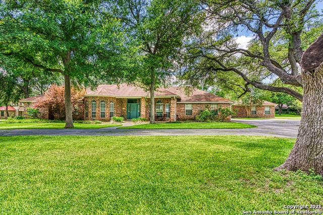 312 Oak Mott Ct, Seguin, TX 78155 (MLS #1538704) :: BHGRE HomeCity San Antonio