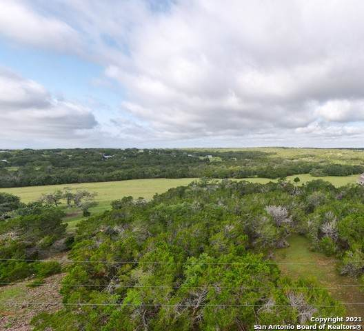 159 W Lacey Oak Pkwy, Kerrville, TX 78028 (MLS #1538717) :: The Glover Homes & Land Group