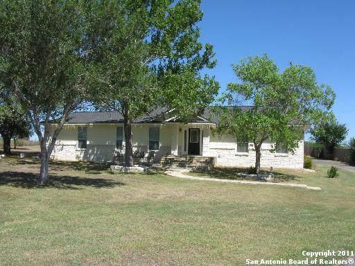 1640 Pittman Rd, St Hedwig, TX 78152 (MLS #1538783) :: Vivid Realty