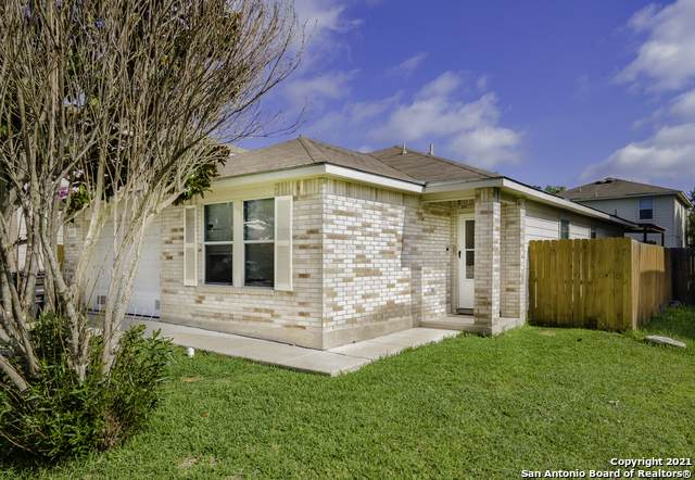 2007 Mission Cove, San Antonio, TX 78223 (MLS #1538804) :: 2Halls Property Team | Berkshire Hathaway HomeServices PenFed Realty