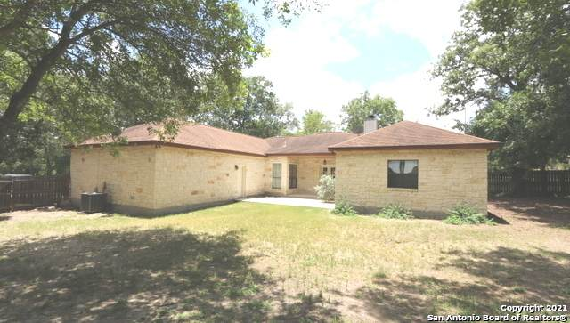 145 Rosewood Dr, La Vernia, TX 78121 (MLS #1538805) :: The Rise Property Group