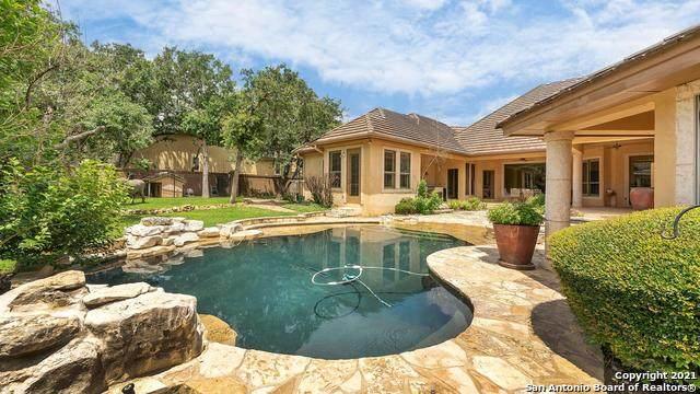 120 Tuscany Way, Shavano Park, TX 78249 (MLS #1538808) :: Beth Ann Falcon Real Estate