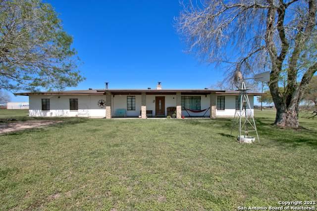 4854 Alternate 90, Seguin, TX 78155 (MLS #1538820) :: The Rise Property Group