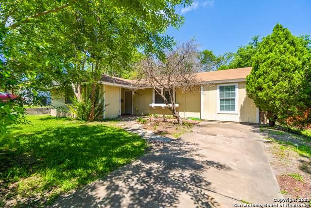 8415 Deer Hollow, San Antonio, TX 78230 (MLS #1538823) :: Bexar Team