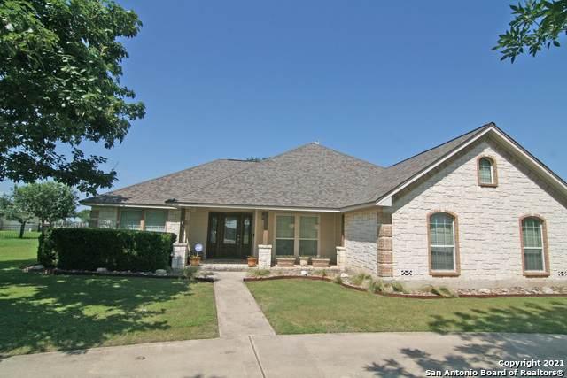 215 Pr 4662, Castroville, TX 78009 (MLS #1538914) :: Neal & Neal Team