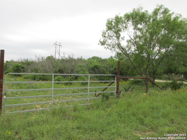 0000 Fm 2200, Yancey, TX 78886 (MLS #1538983) :: Carolina Garcia Real Estate Group