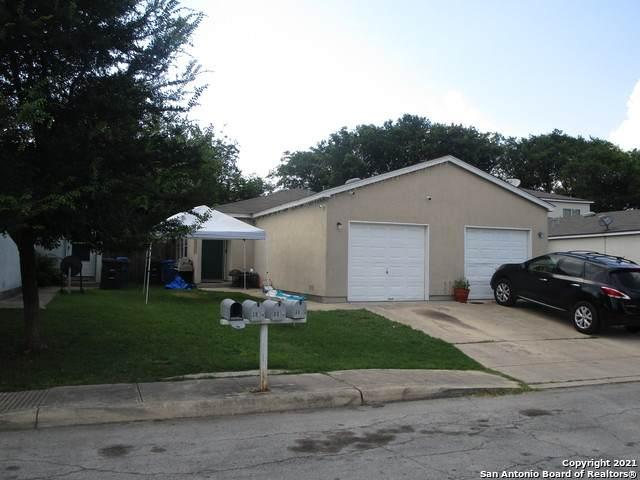 3810 Maverick Crk, San Antonio, TX 78247 (MLS #1538991) :: The Real Estate Jesus Team
