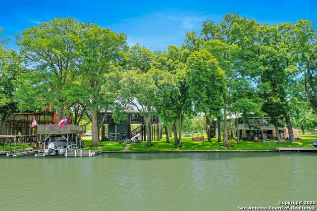 416 Turtle Ln, Seguin, TX 78155 (MLS #1539106) :: Beth Ann Falcon Real Estate