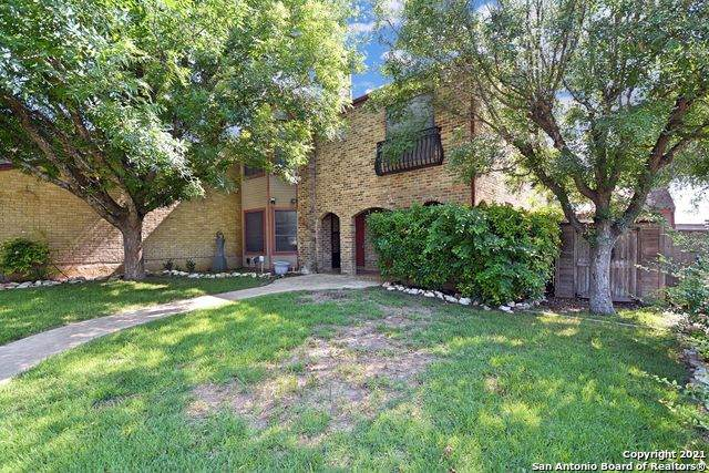 726 Summerwood Dr, New Braunfels, TX 78130 (MLS #1539167) :: BHGRE HomeCity San Antonio