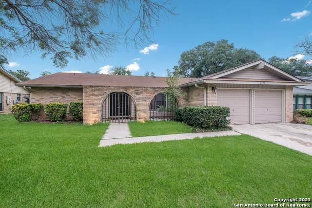 6730 Country Field Dr, San Antonio, TX 78240 (MLS #1539301) :: Exquisite Properties, LLC