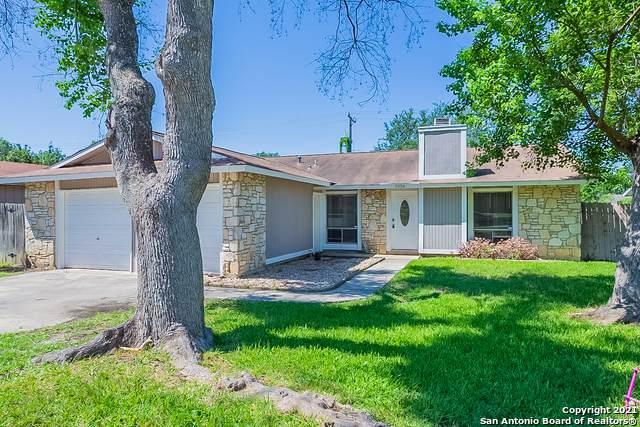 5934 Mcivey Way, San Antonio, TX 78233 (MLS #1539365) :: The Castillo Group