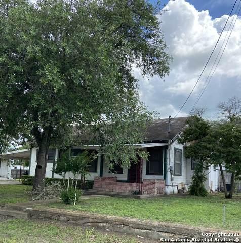 206 Hinton, Three Rivers, TX 78071 (MLS #1539374) :: Exquisite Properties, LLC