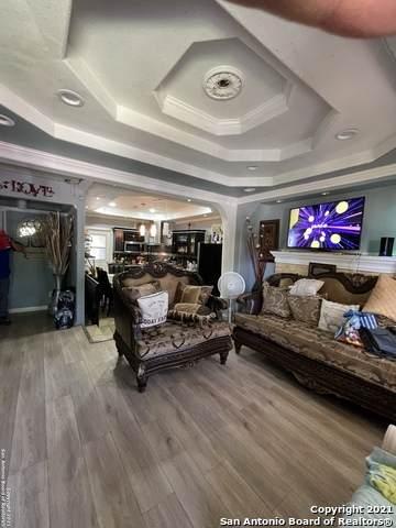 220 E Harlan Ave, San Antonio, TX 78214 (MLS #1539398) :: Countdown Realty Team