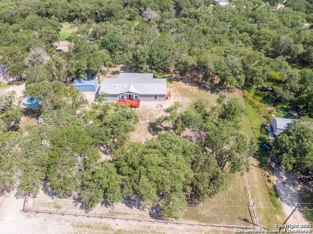 272 Oak View Dr, La Vernia, TX 78121 (MLS #1539417) :: EXP Realty