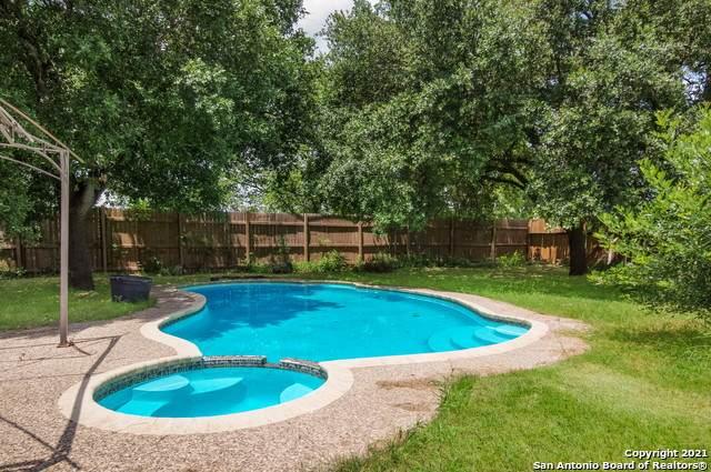 5517 Borchers Dr, Kirby, TX 78219 (MLS #1539457) :: Beth Ann Falcon Real Estate