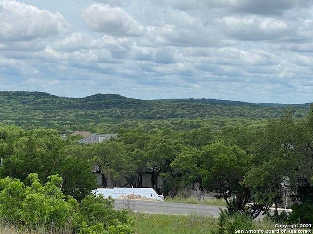1415 Silent Hollow, San Antonio, TX 78260 (MLS #1539478) :: Neal & Neal Team