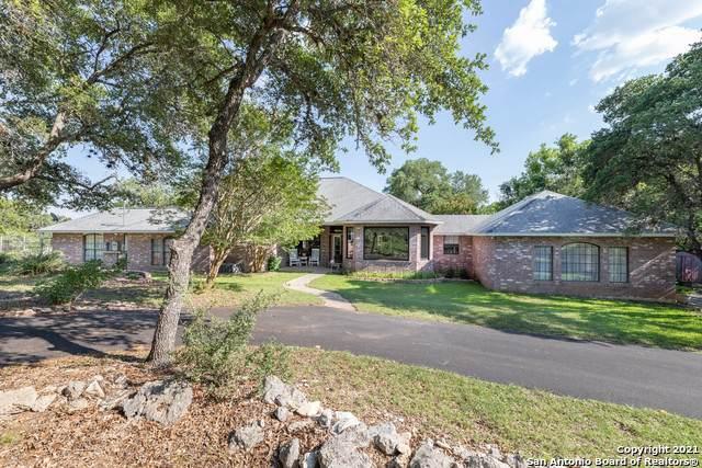 165 Sage Oaks Trail, Boerne, TX 78006 (MLS #1539573) :: Real Estate by Design