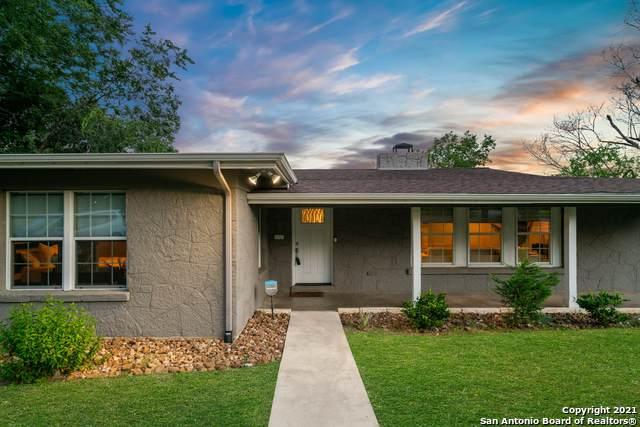 302 E Hathaway Dr, San Antonio, TX 78209 (MLS #1539600) :: Beth Ann Falcon Real Estate