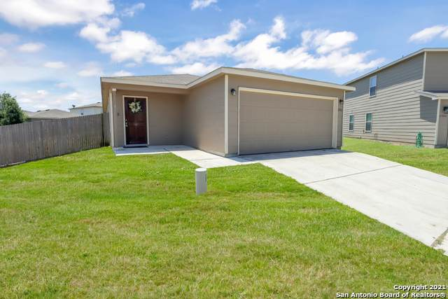 11902 Cardinal Cove, San Antonio, TX 78254 (MLS #1539607) :: Beth Ann Falcon Real Estate