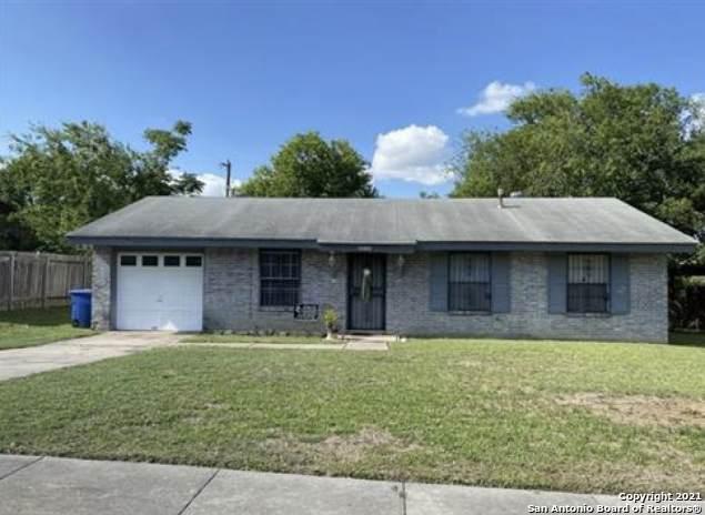 6243 Elm Valley Dr, San Antonio, TX 78242 (MLS #1539636) :: Carter Fine Homes - Keller Williams Heritage