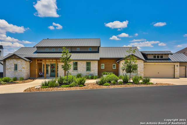 498 Hannah Ln, Boerne, TX 78006 (MLS #1539659) :: Beth Ann Falcon Real Estate