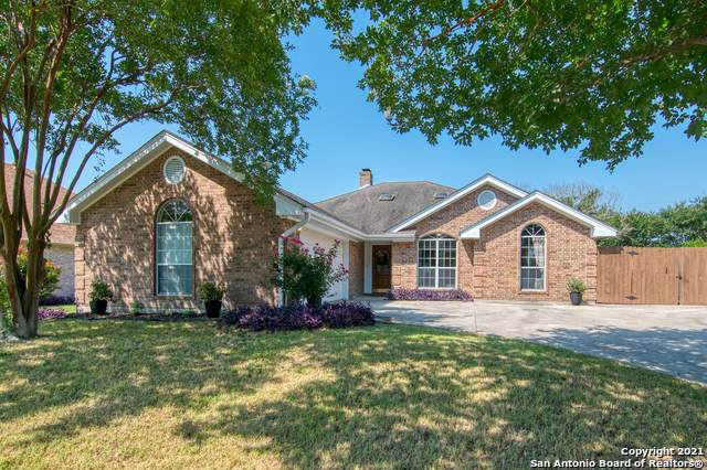 2304 Country Grace, New Braunfels, TX 78130 (MLS #1539669) :: Alexis Weigand Real Estate Group