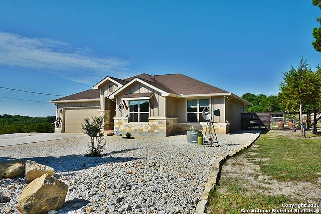 561 Compass Rose, Canyon Lake, TX 78133 (MLS #1539695) :: Neal & Neal Team