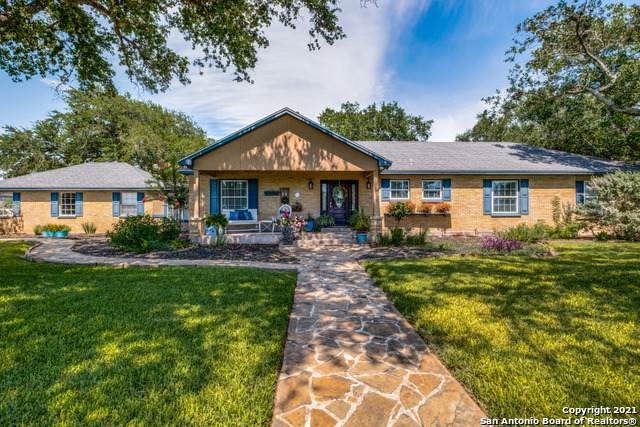 174 County Road 351, Mathis, TX 78368 (MLS #1539793) :: The Gradiz Group