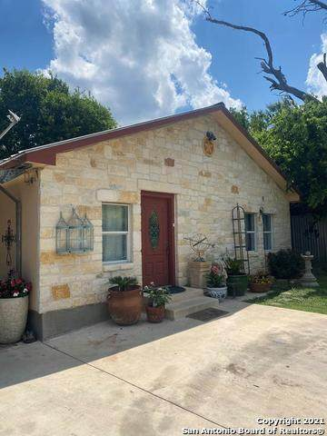 404 Coleman St, Kerrville, TX 78028 (MLS #1539796) :: EXP Realty