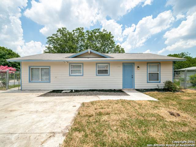7202 Apple Valley Dr, San Antonio, TX 78242 (MLS #1539906) :: The Rise Property Group