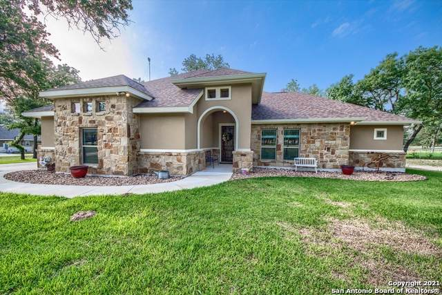 285 Cibolo Ridge Dr, La Vernia, TX 78121 (MLS #1539929) :: Neal & Neal Team
