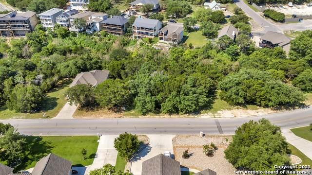 419 Venture Blvd S, Lago Vista, TX 78645 (MLS #1539964) :: The Castillo Group