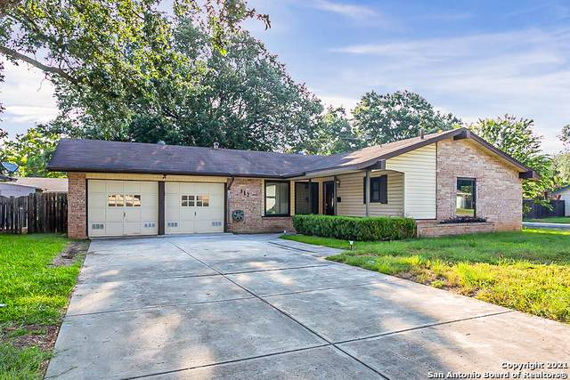 117 Meadow Ln, Schertz, TX 78154 (MLS #1539982) :: 2Halls Property Team | Berkshire Hathaway HomeServices PenFed Realty