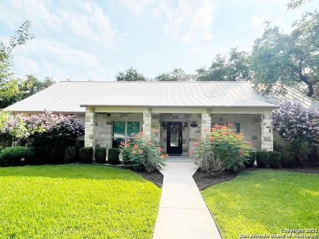 1636 Hickory Bnd, Pleasanton, TX 78064 (MLS #1540016) :: Texas Premier Realty