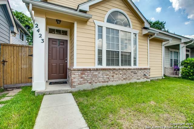 2423 Crown Hollow, San Antonio, TX 78251 (MLS #1540049) :: Beth Ann Falcon Real Estate