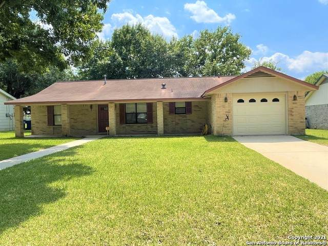 1013 Abilene St, Pleasanton, TX 78064 (MLS #1540109) :: Exquisite Properties, LLC