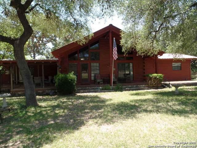 123 Persimmon Rd, Leakey, TX 78879 (MLS #1540138) :: Neal & Neal Team