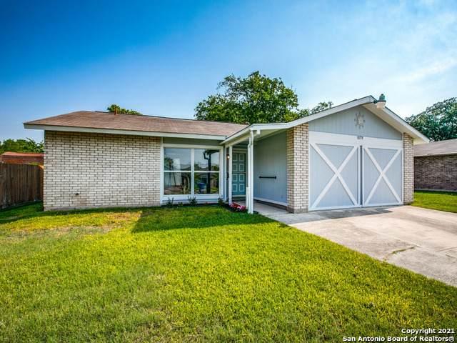 10579 Bounty Dr, San Antonio, TX 78245 (MLS #1540150) :: Beth Ann Falcon Real Estate