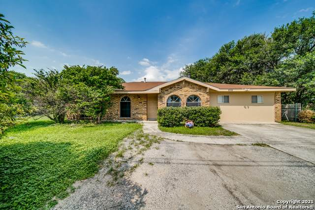 1430 S State Highway 46, New Braunfels, TX 78130 (MLS #1540161) :: Beth Ann Falcon Real Estate