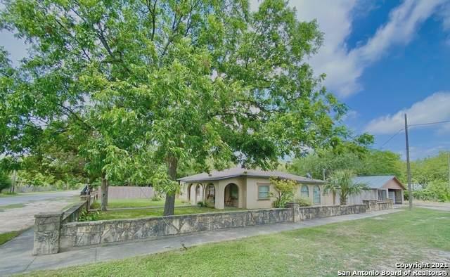 407 N Fort St, Brackettville, TX 78832 (MLS #1540246) :: Beth Ann Falcon Real Estate