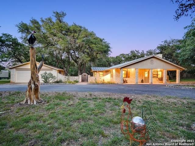 401 Ridge Oak Dr, Wimberley, TX 78676 (MLS #1540314) :: ForSaleSanAntonioHomes.com
