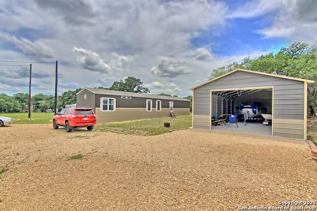 488 Private Road 1507, Bandera, TX 78003 (MLS #1540411) :: The Lopez Group
