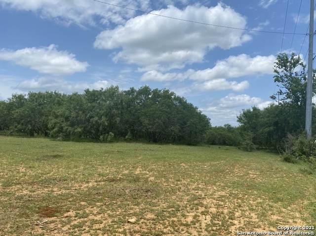 19755 Applewhite Rd, San Antonio, TX 78264 (MLS #1540549) :: Green Residential